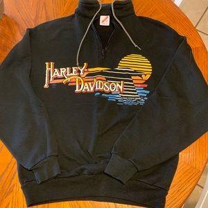 True Vintage Harley Davidson Pullover!